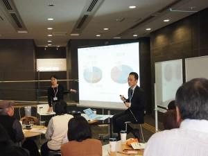 (左から) 細野さん、田野井さん